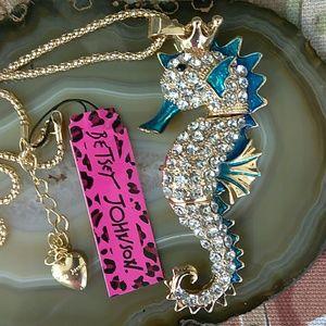 🆕 Betsey Johnson Seahorse Pendant Necklace